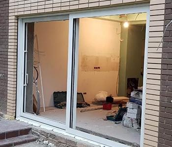 Подъемно раздвижная теплая дверь из алюминия