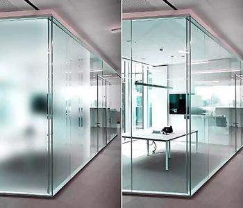 Конфиденциальное окно со стеклом smart в стеклопакете