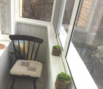 Остекление балкона алюминием под ключ